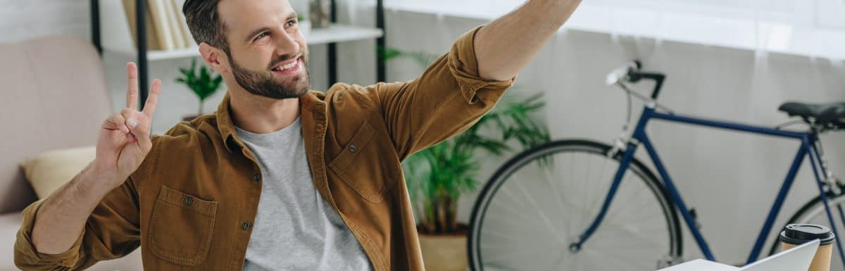 How To Be More Attractive To Women Online | 7x Your Swipes